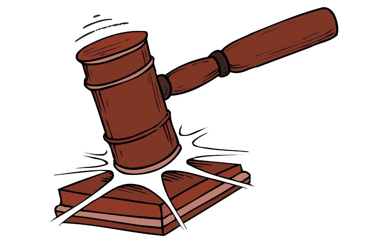 Młotek prawniczy