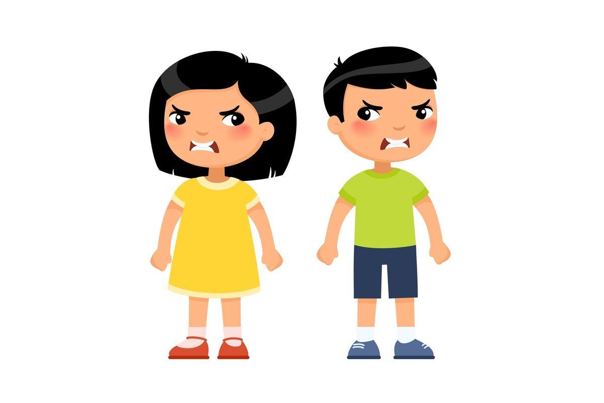 dwąó dzieci, chłopiec i dziewczynka z minami złości